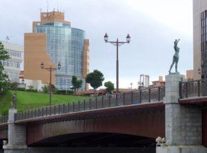 ぬさまい橋使う